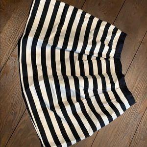 H&M's black and white mini skirt